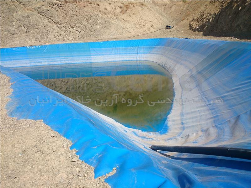 ساخت استخر کشاورزی با ورق ژئوممبران در بستر خاکی بدون نیاز به دیوارچینی
