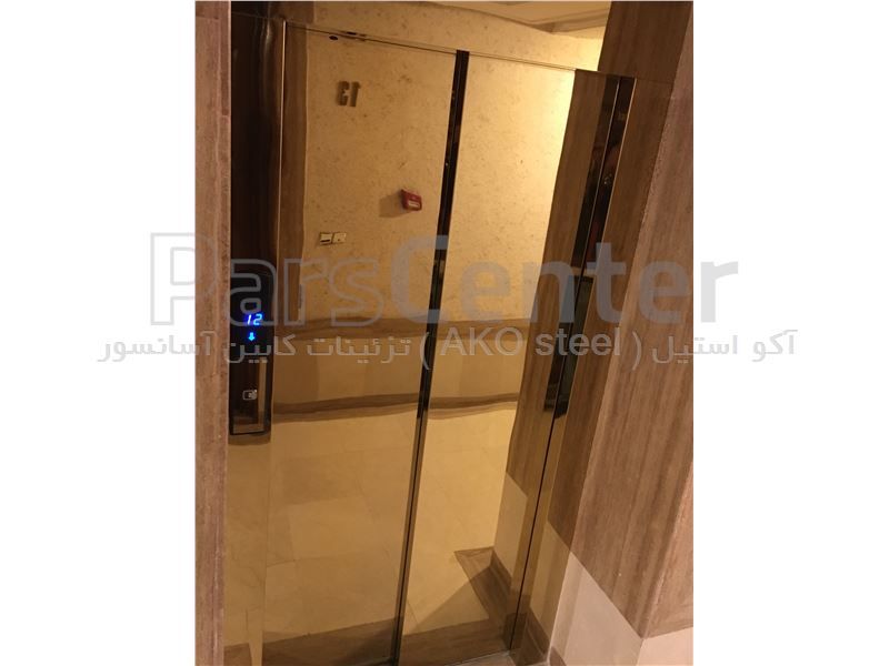 نصب استیل درب آسانسور در محل
