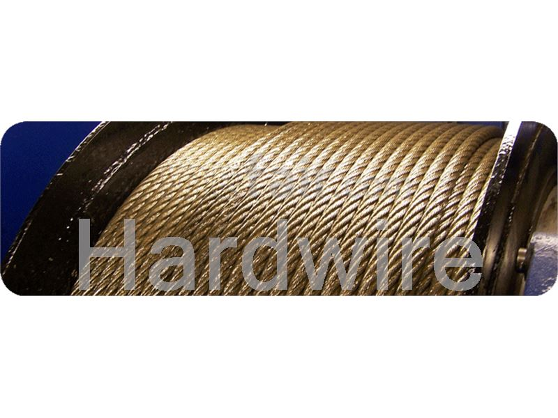 Steel wire rope with fiber core