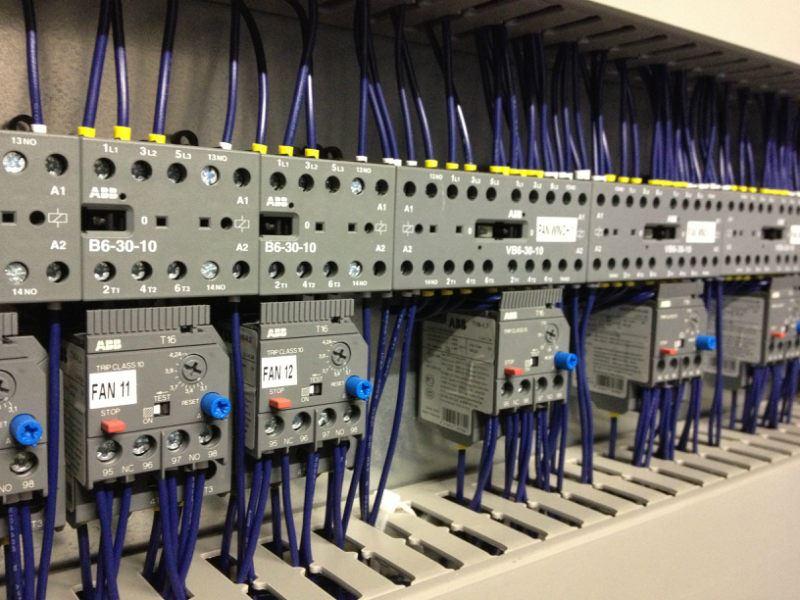 خدمات برق صنعتی الکتروتیک ارایه کلیه خدمات برق صنعتی