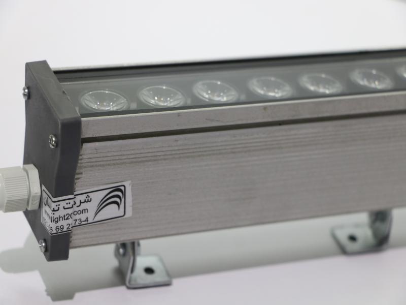 چراغ والواشر9وات جهت نورپردازی نمای ساختمان