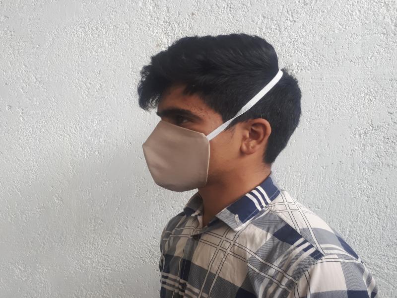 ماسک بهداشتی پارچه ایی با لایه MELTBLOWN
