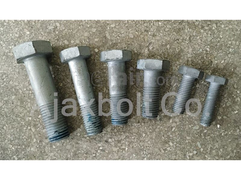 Hot deep galvanized carbon steel bolt