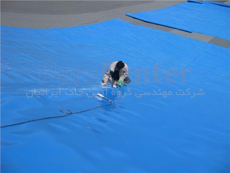 ساخت استخر ذخیره آب با ورق ژئوممبران، دانشگاه تفرش