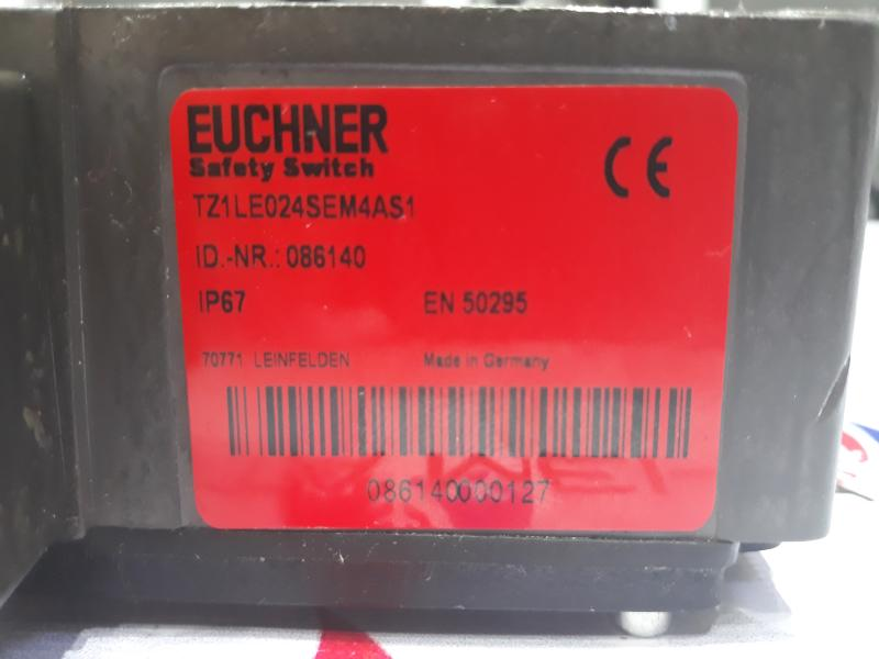 سوئیچ حفاظتی EUCHNER مدل TZ1LE024SEM4AS1