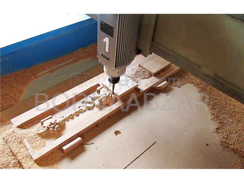Designer and manufacturer of cutting machines Vhk wood in Iran