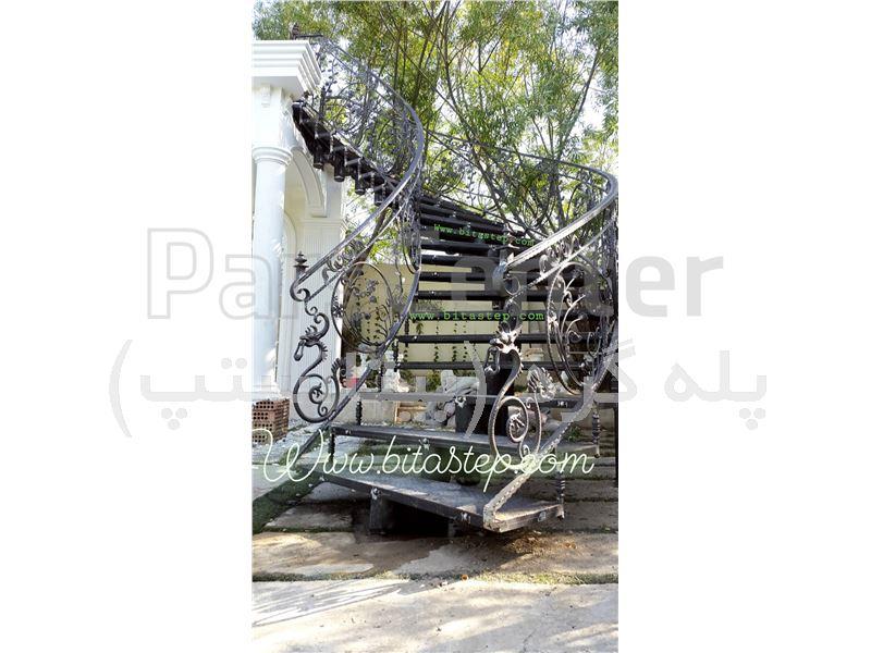 پله گرد دکوراتیو کد111