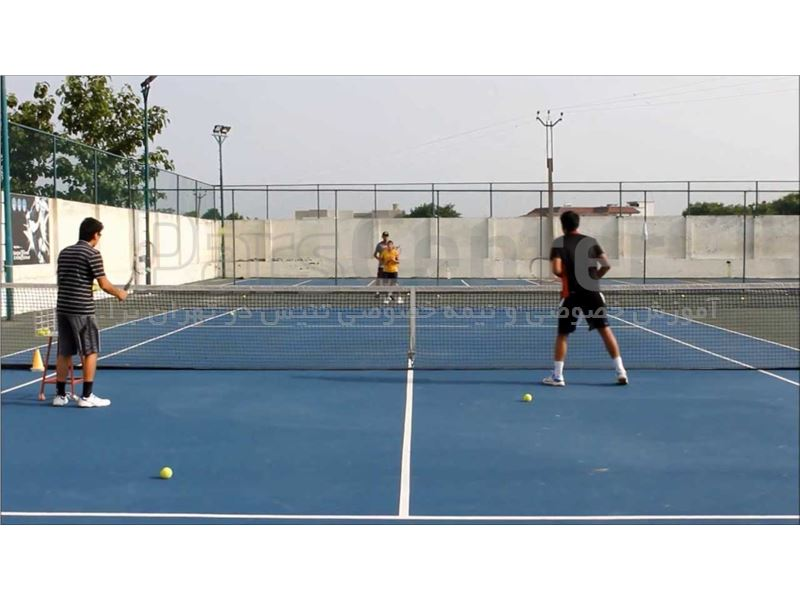آموزش گروهی تنیس در تهران برای آقایان در تمامی سنین