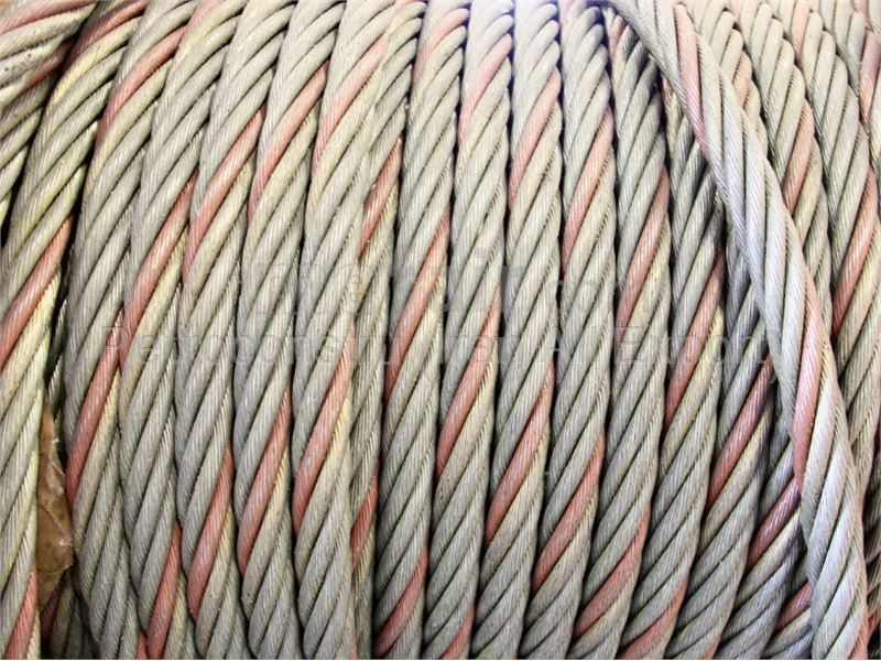 Carbon steel lifting wire rope