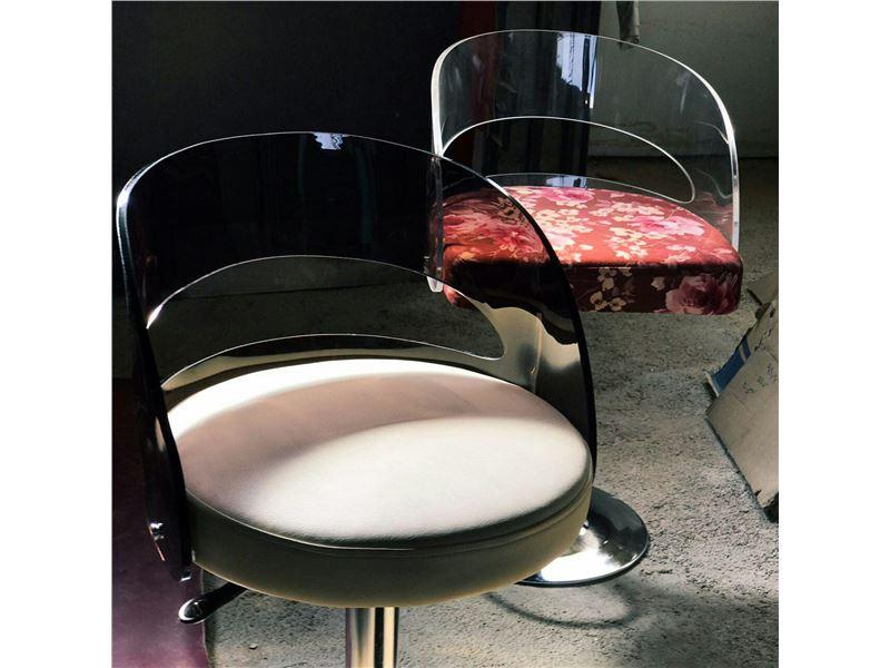 چوبین میکا - تولیدکننده صندلی اپن