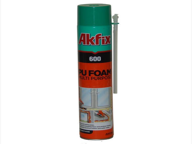 Polyurethane foam spray