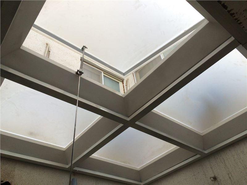 پارسیان غرب مهر | سقف پاسیو | سقف حیاط خلوت | پوشش نورگیر | سقف کاذب پاسیو | نورگیر حبابی | سقف حبابی