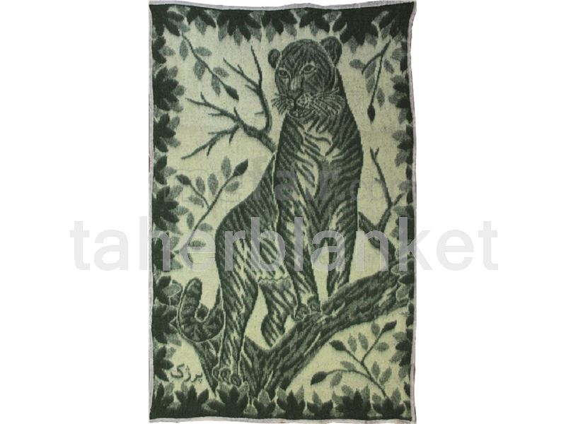 felt blanket with leopard
