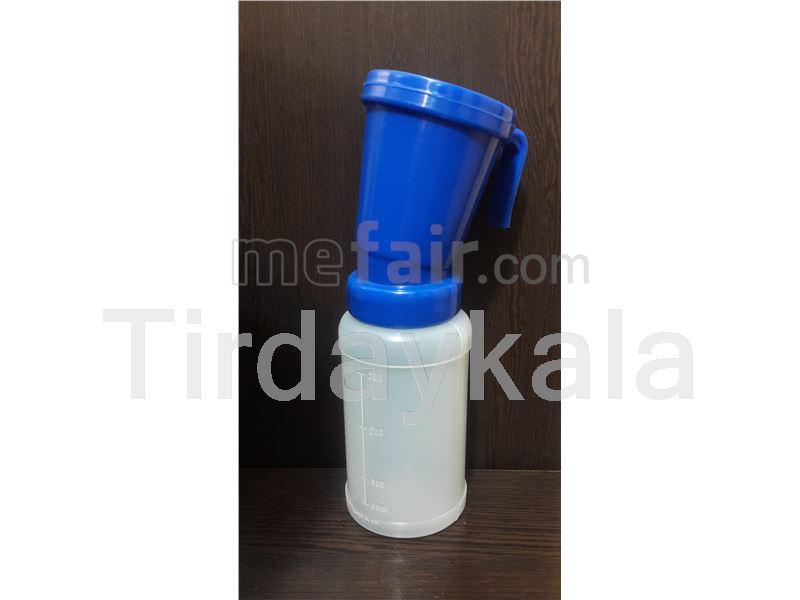 Teat dipper for milking preparation
