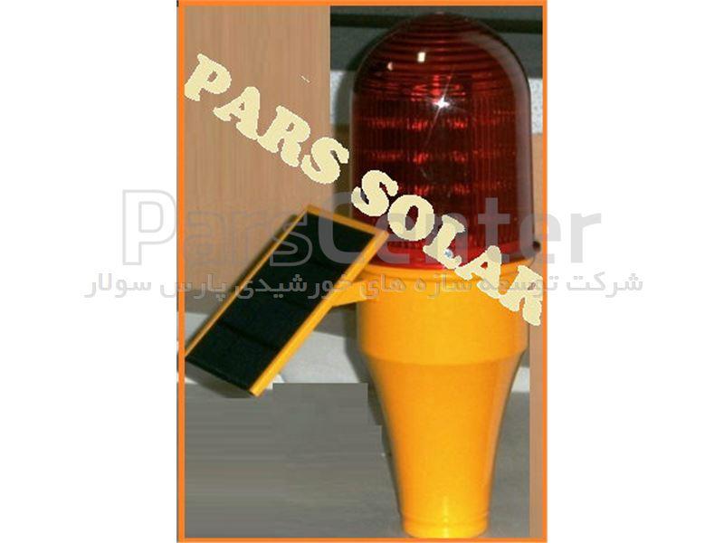 چراغ دکل خورشیدی با 30 لامپ LED