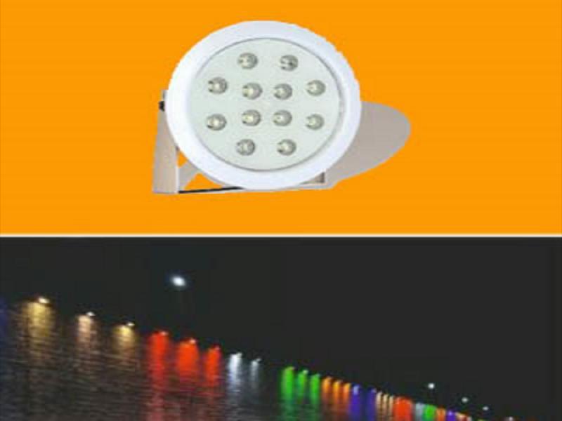 پروژکتور پایه دار ضد آب ۱۲ وات تک رنگ