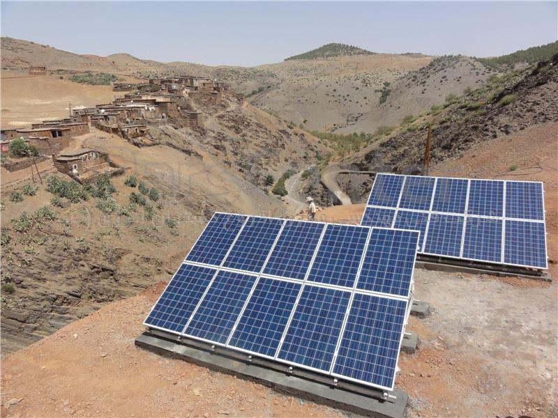 برق خورشیدی 700 وات off grid