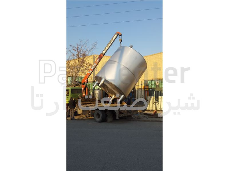 مخزن ذخیره آب 20000 لیتری (نوع ورق مصرفی 304 و 316 )