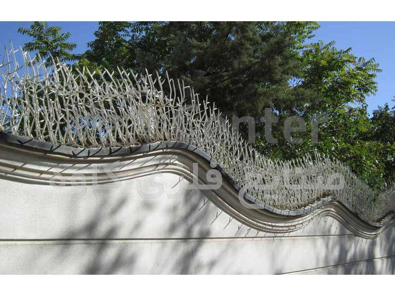 نصب حفاظ شاخ گوزنی و حفاظ بوته ای