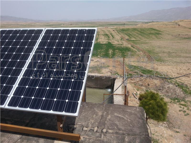 پمپ آب خورشیدی سه فاز(7.5کیللوات 10اسب بخار)دواینچ 99متر عمق آبدهی 14متر مکعب درساعت(همراه پنل)