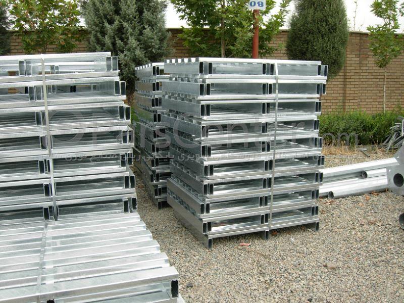 پالت فلزی پالت پلاستیکی پالت چوبی پالت لاستیک و پالت بشکه رنگی و گالوانیزه (Pallet)