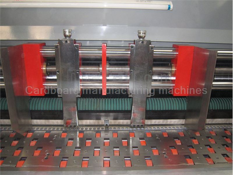 Full Automatic Printing Slotting Die-cutting Machine Adsorption