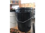 سطل 20 لیتری پلمپ دار ودارای نوار آببندی