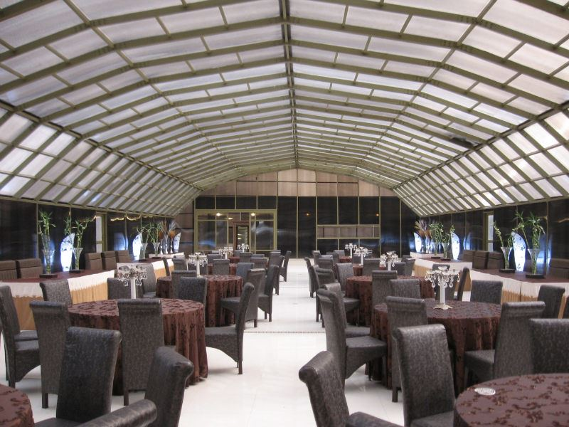 پاسارگاد پوشش ایرانیان pei(اجرای سقف متحرک استخر ، پوشش استخر ، سقف نورگیر ، پوشش سقف پاسیو ، سقف رستوران )
