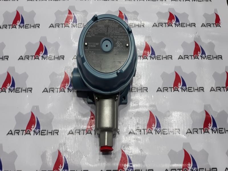 پرشر سوییچ UE مدل J120-15642