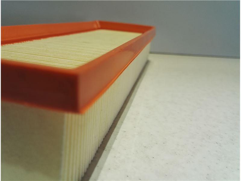 شرکت فرانگار شرق / تولید کننده انواع کاغذ چین و فیلترهای هوا خودروهای سبک در دونوع معمولی و نانو