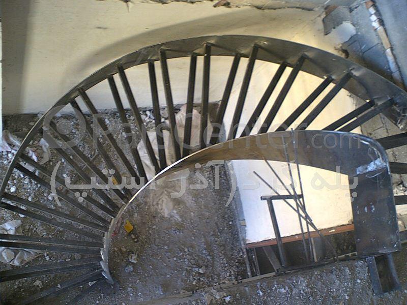 پله گرد دو محور ورق (نیم دایره)