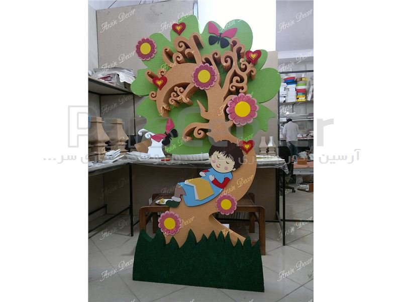 طراحی و ساخت ماکت تبلیغاتی درخت