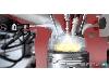 رابطه بین افزایش فشار و بهبود کارکرد موتورهایی که با بنزین کار می کنند، چیست؟