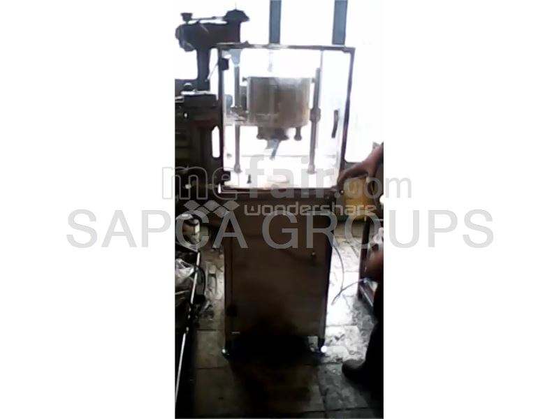 Semi-automatic cap sealing machine