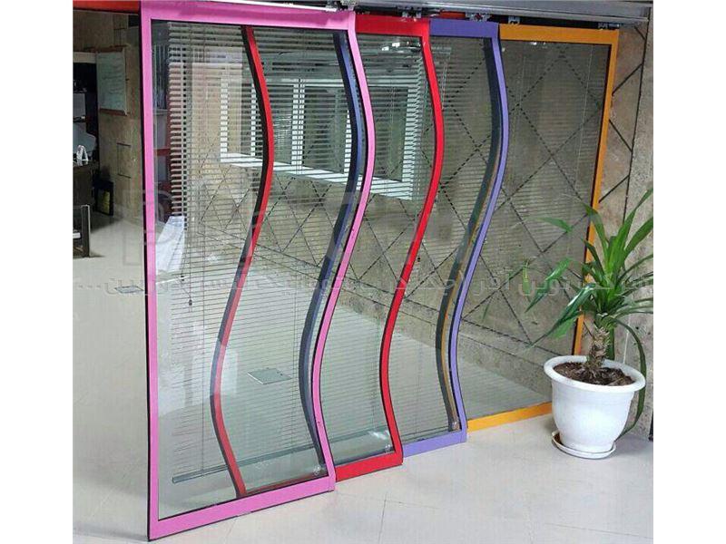 درب اتوماتیک شیشه ای منحنی